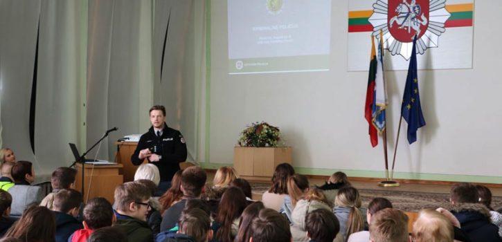 ATVIRŲ DURŲ DIENA PANEVĖŽIO APSKRITIES VYRIAUSIAME POLICIJOS KOMISARIATE
